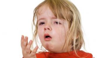 Що робити якщо у дитини мокрий кашель?