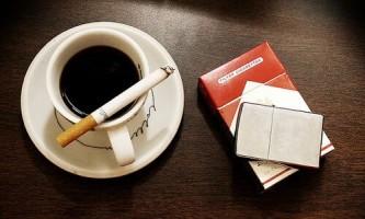 Який несуть в собі шкоду кави і сигарети?