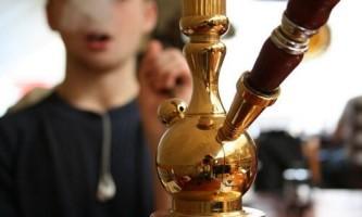Чи можна дозволяти курити кальян дітям?