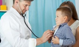 Чому виникає бронхіальна пневмонія у дітей і як вона виліковується