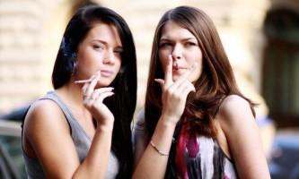 Чому через куріння випадає волосся