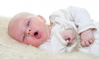 Ознаки, класифікація типів кашлю і чим лікувати кашель у немовляти