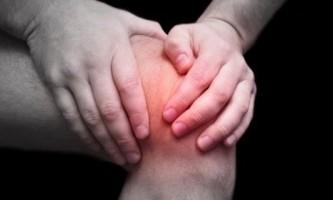 Розтягування коліна - як визначити і вилікувати?