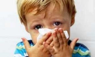 Дитина 5 місяців соплі і чхає