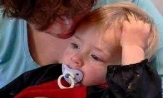 Дитина 8 місяців соплі і осип голос ніж лікувати