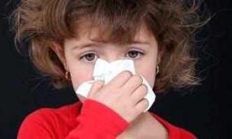 Дитина часто чхає і соплі густі