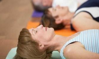 Вправи для зміцнення м`язів спини при грижі: чи обов`язково їх виконання?