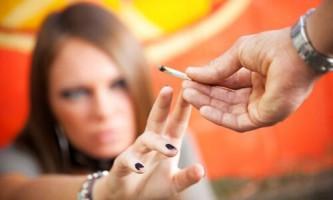 Жахливі наслідки куріння спайса: вплив наркотику на організм